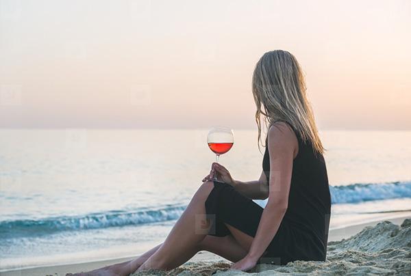 Sunset Beach and Rose' make a perfect Hamptons couple